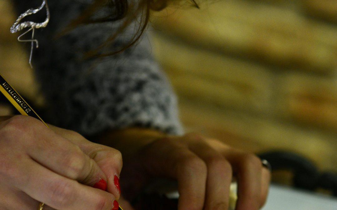 Exhibición elaboración de joyas